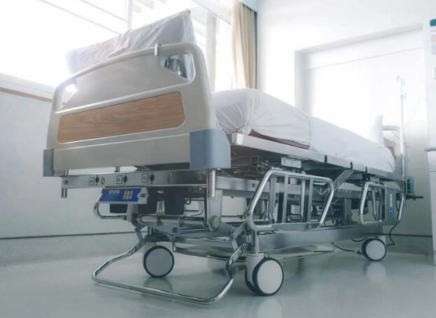 How to Select a Hospital Bed for Home Care?
