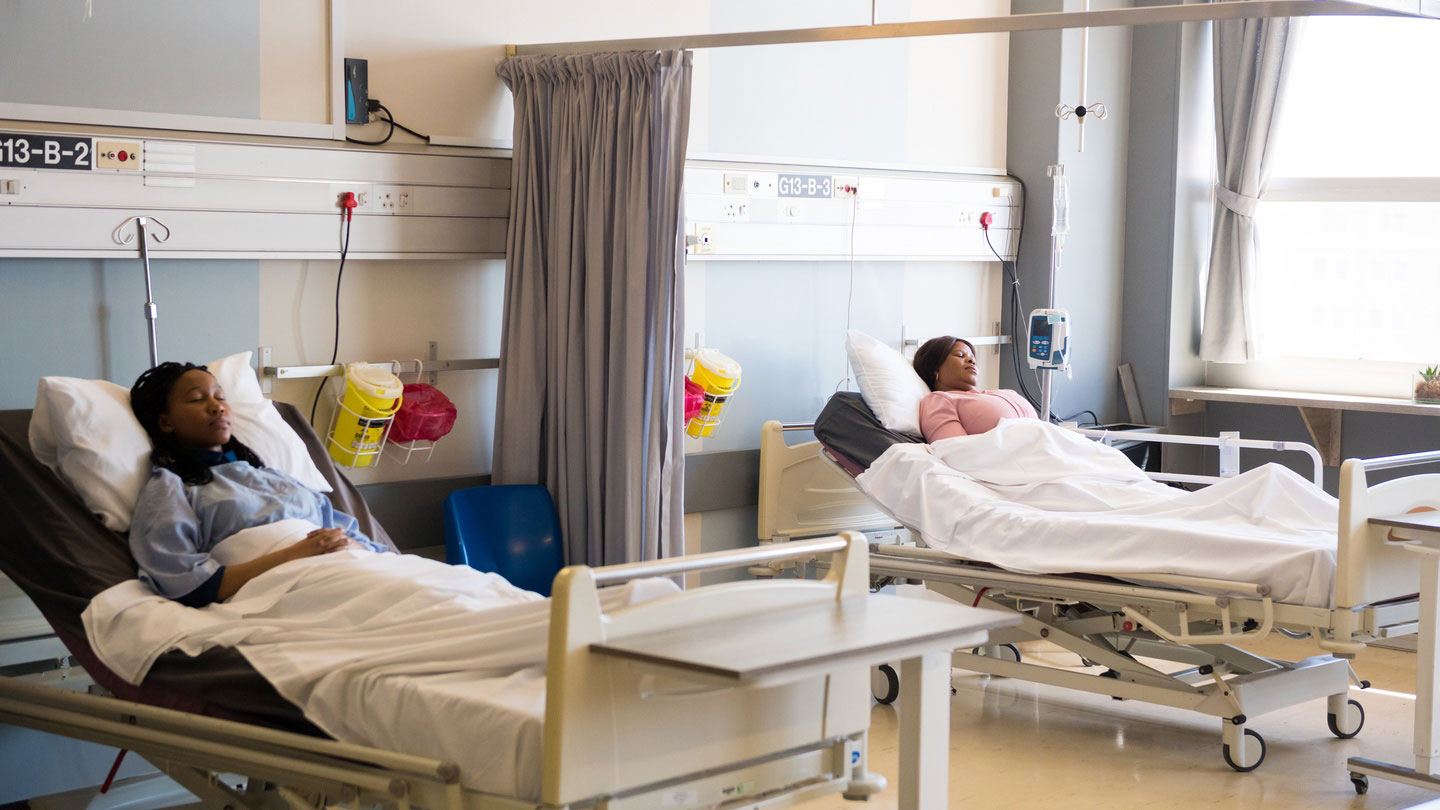 10 Useful Pieces of Advice on Buying New Hospital Beds